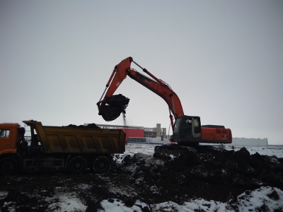Земляные работы по устройству стоянки для грузовых автомобилей